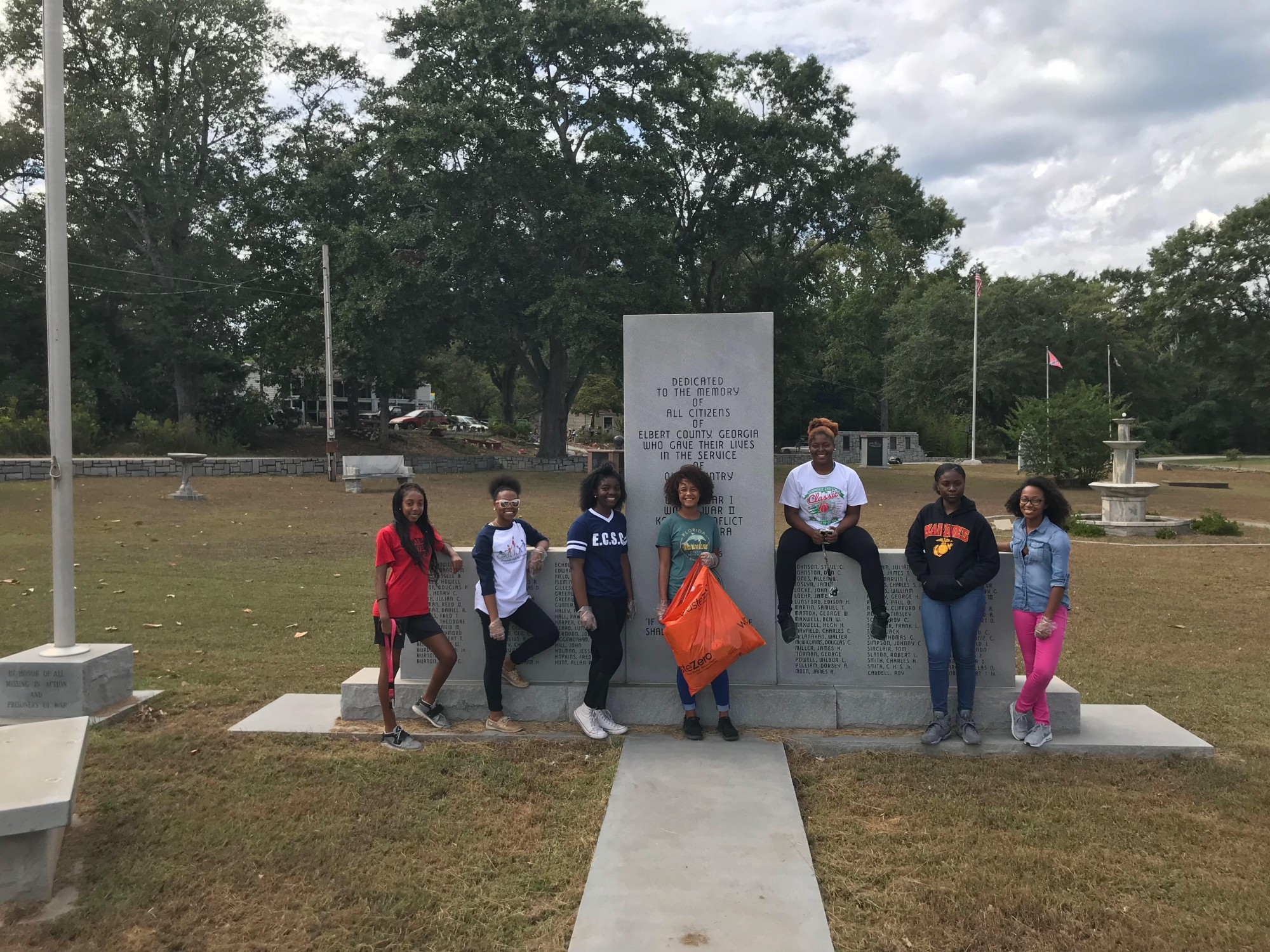 FCCLA Members Help in Keep Elbert County Beautiful