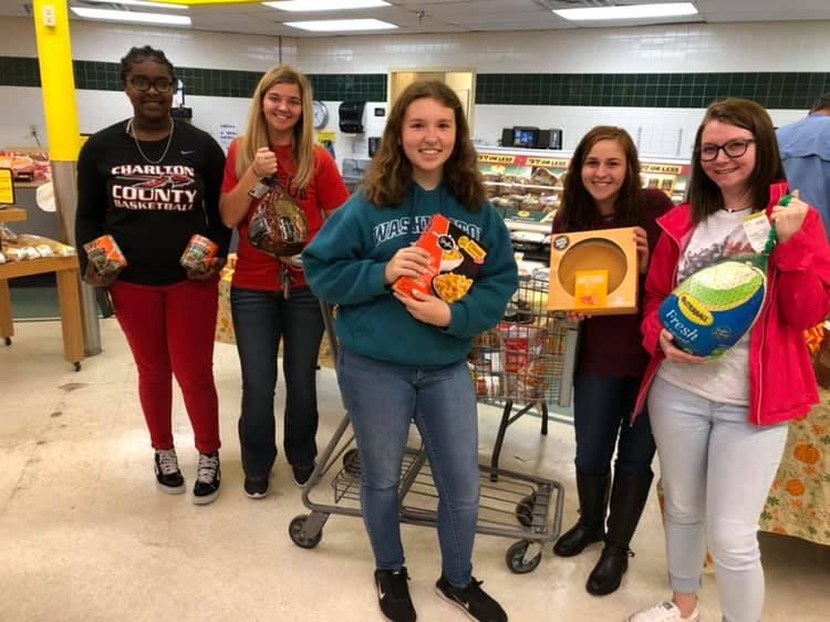 Charlton FCCLA Donates Thanksgiving Meal